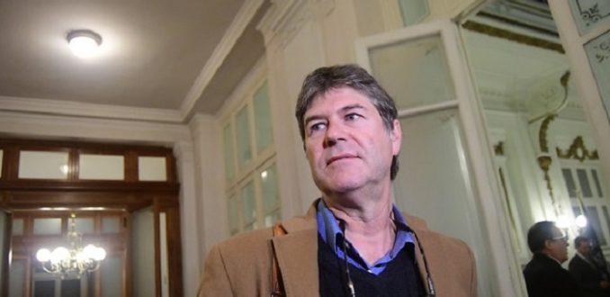 Quiebre en Partido por la Dignidad: James Hamilton y Claudio Narea renunciaron