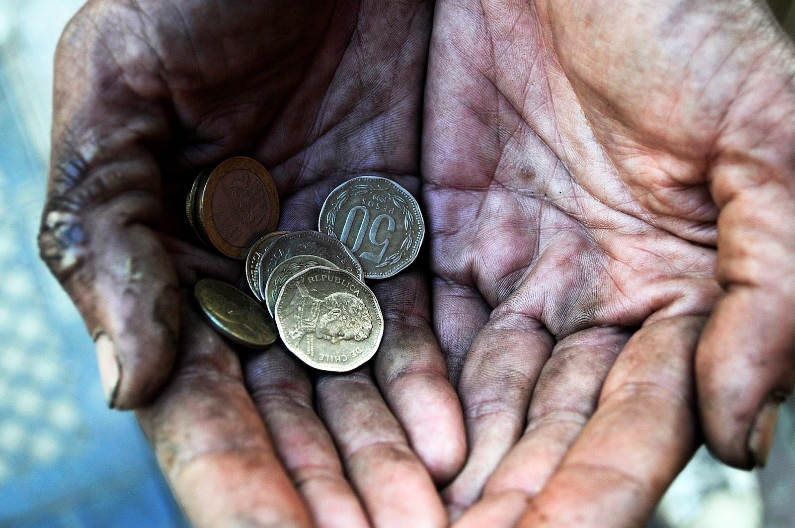 Les 22 hommes les plus riches du monde ont plus d'argent que toutes les femmes en Afrique