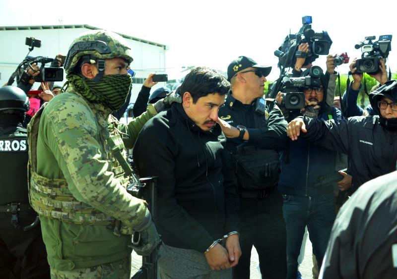 Ordenan liberación de un capo mexicano, pero al salir de prisión lo vuelven a arrestar