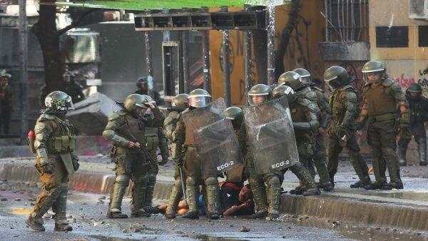 Lluvia de denuncias obliga a Carabineros a remover mandos de comisaría en Puente Alto