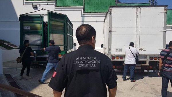 Rescatan en México a 97 migrantes que viajaban hacinados en camiones