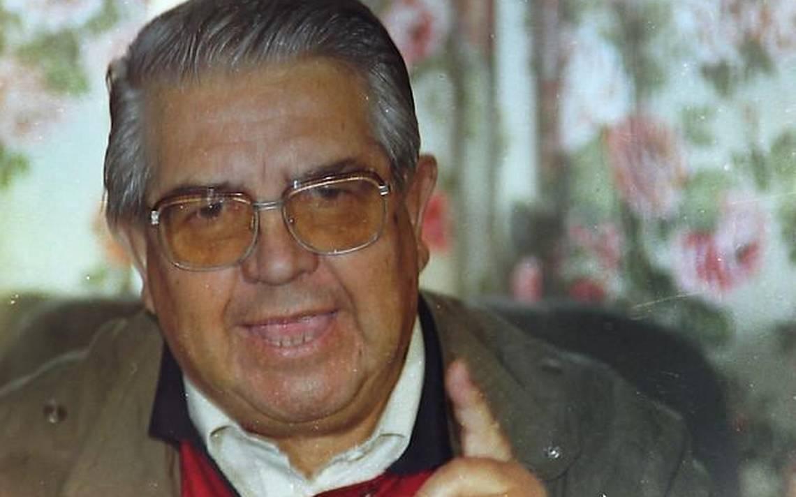 Ejército retira imágenes y placas de Manuel Contreras desde la Academia de Guerra y Tejas Verdes