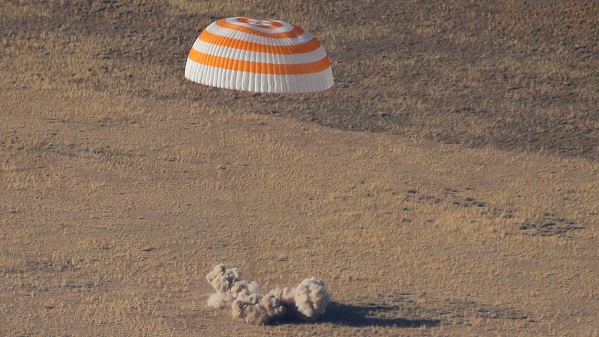 (Video) ¡De vuelta a casa!  Soyuz MS-13 aterriza en la Tierra
