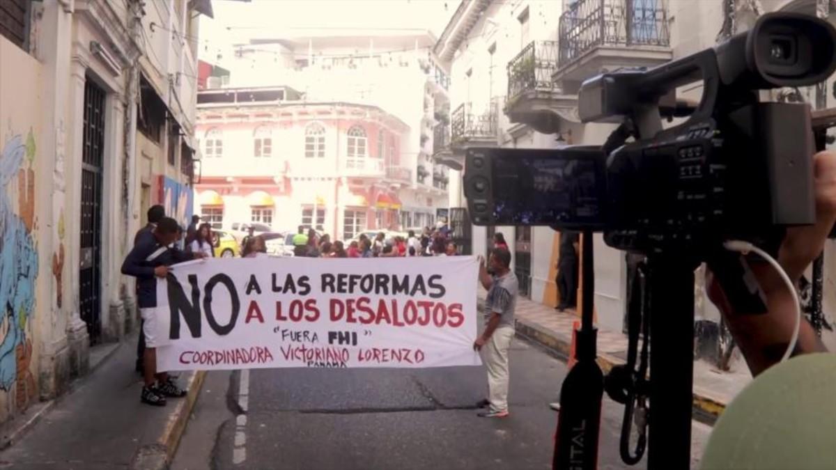 Panameños marchan para exigir acceso a vivienda digna