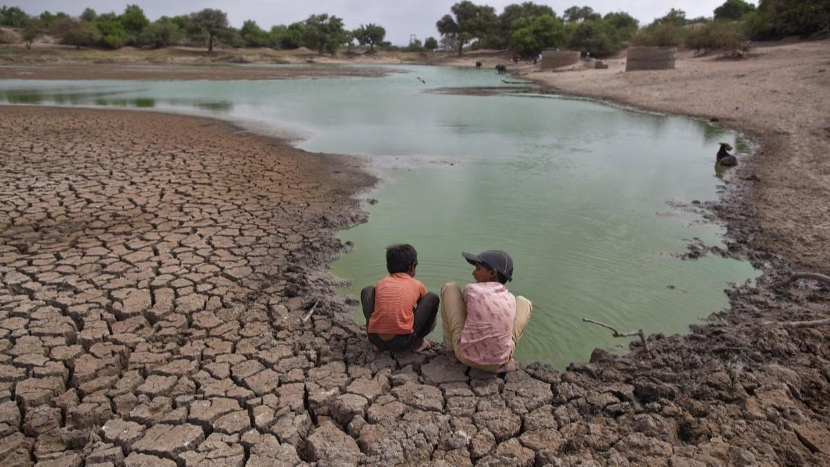 Unicef y OMS advierten que el calentamiento global y la mala alimentación son los principales riesgos que corren niños y niñas
