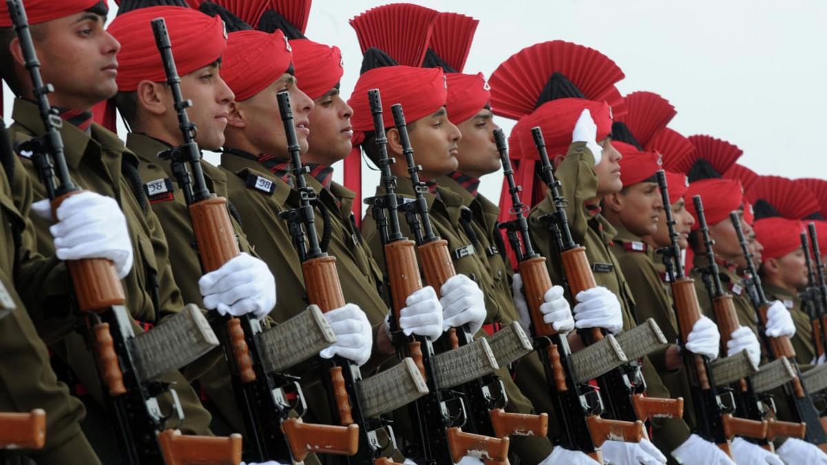 Corte Suprema de la India permite a las mujeres acceder a puestos de mando en el Ejército