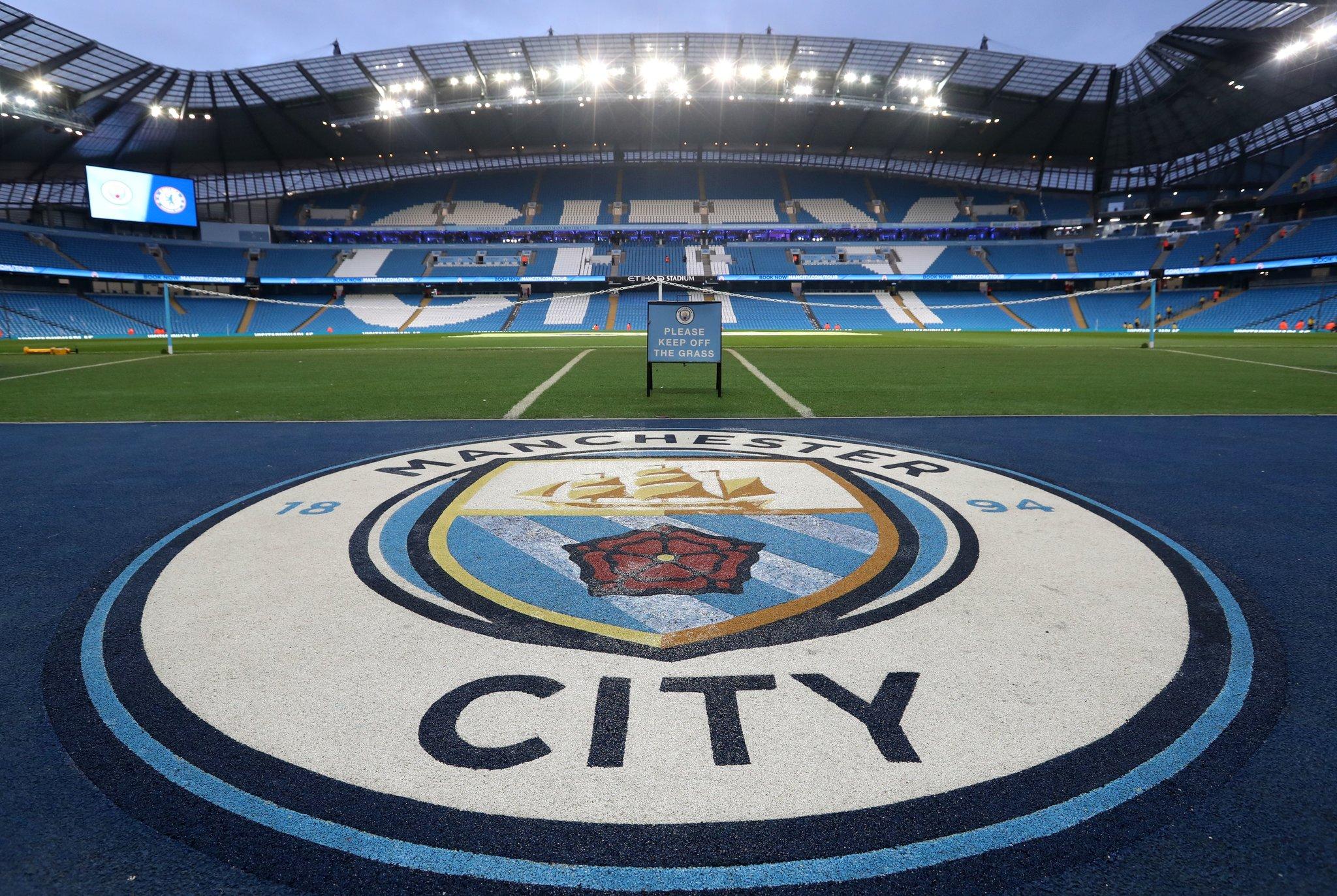 El club está «decepcionado pero no sorprendido»: UEFA excluyó de torneos por dos años al Manchester City