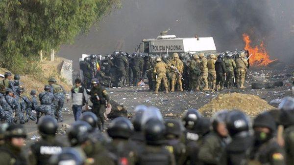 Bolivia: Familiares de víctimas de la masacre de Senkata recibirán «ayuda humanitaria»
