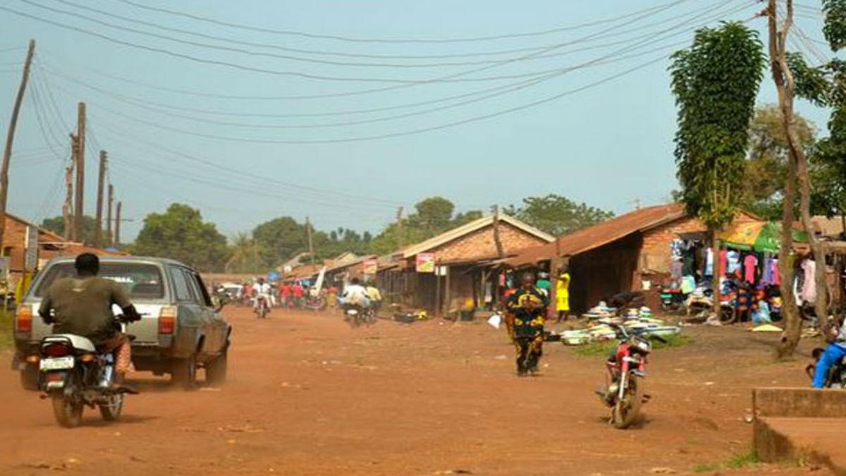 Nigeria declara la alerta por un «brote epidémico extraño» que ya ha dejado 15 muertos