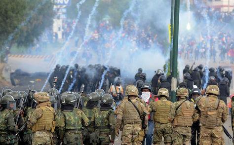 Bolivia: sector militar y policial no serán obligados a registrar sus compras