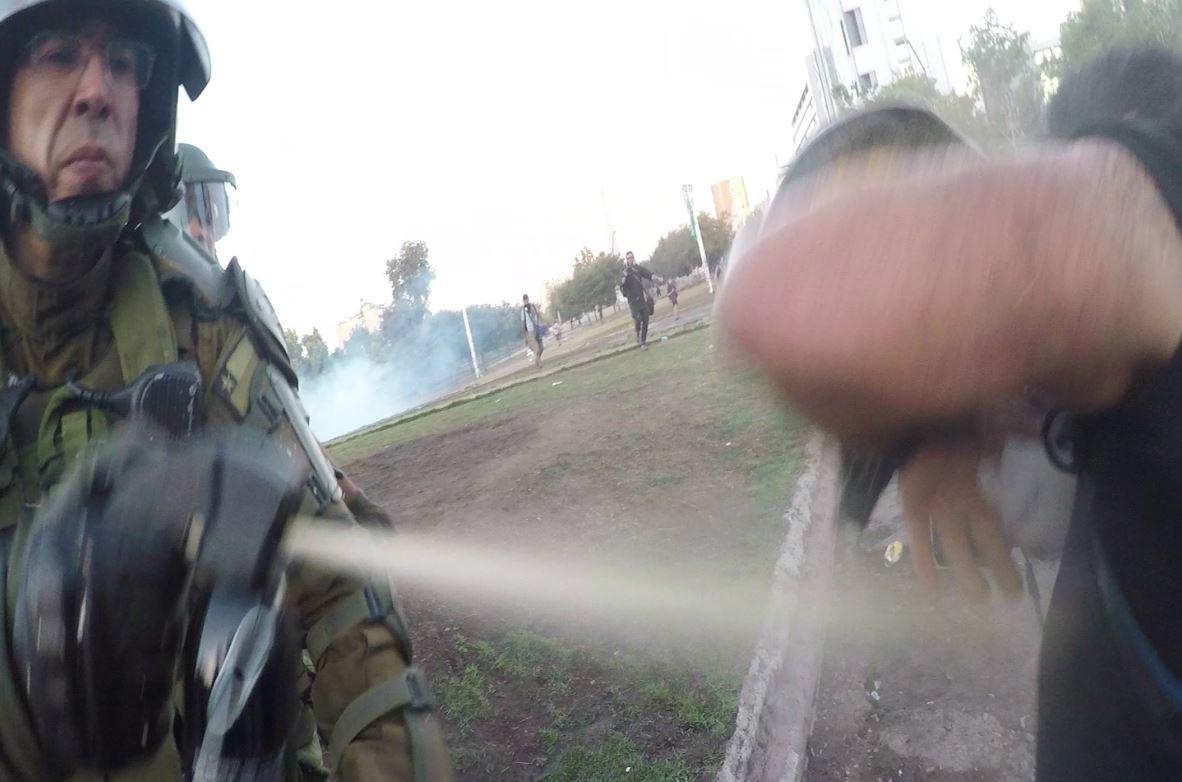 INDH solicitó a Carabineros informe por uso de gas pimienta en manifestaciones