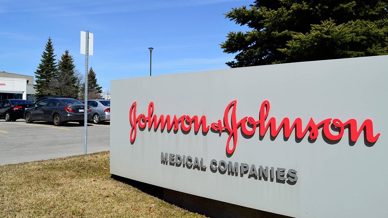 Johnson & Johnson lanza fase 3 de ensayos de vacunas contra el COVID-19