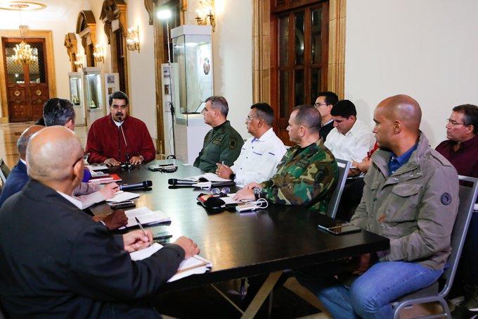 Maduro decreta estado de alarma constitucional para enfrentar coronavirus