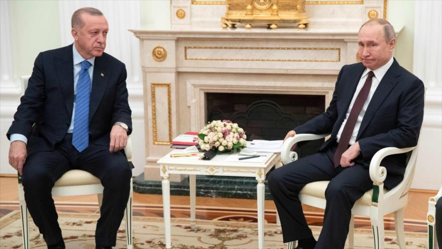 """""""Soluciones aceptables"""": Putin y Erdogan acuerdan un alto el fuego temporal en Siria"""