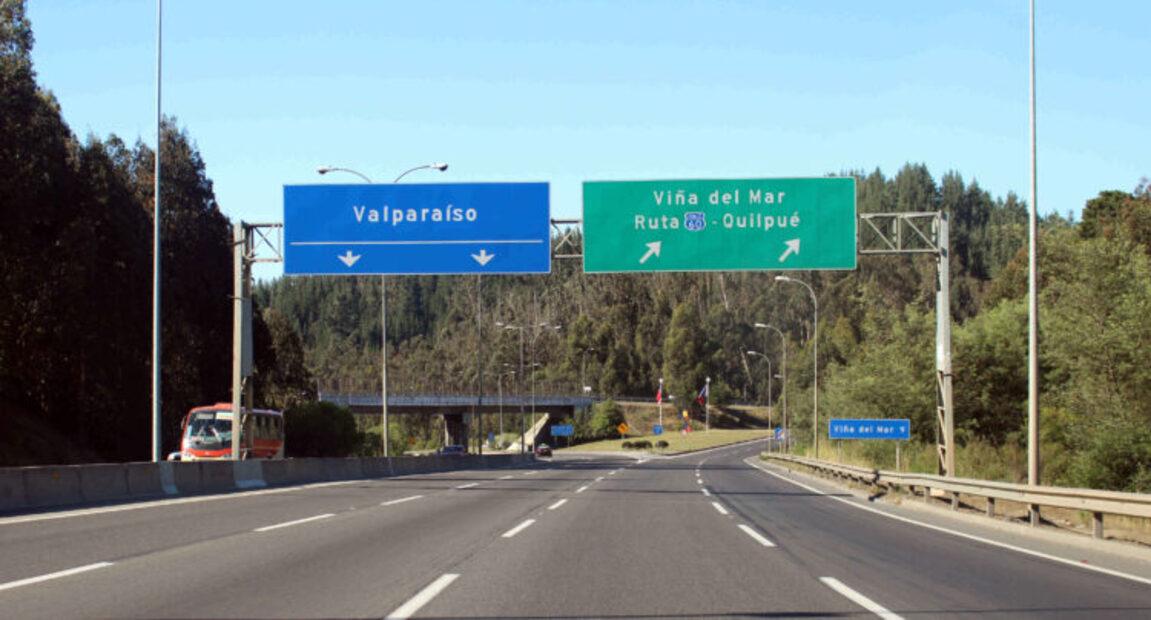 Alcaldes piden extremar medidas y cerrar rutas hacia la Región de Valparaíso