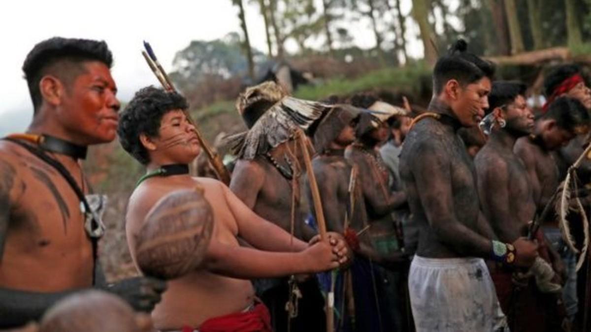 Comunidades indígenas en Brasil se ven obligadas a desalojar territorio