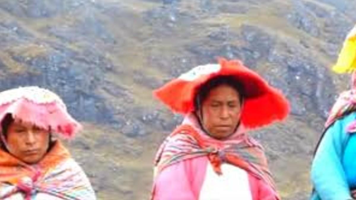 Mujeres indígenas en Perú no tienen ingresos económicos propios