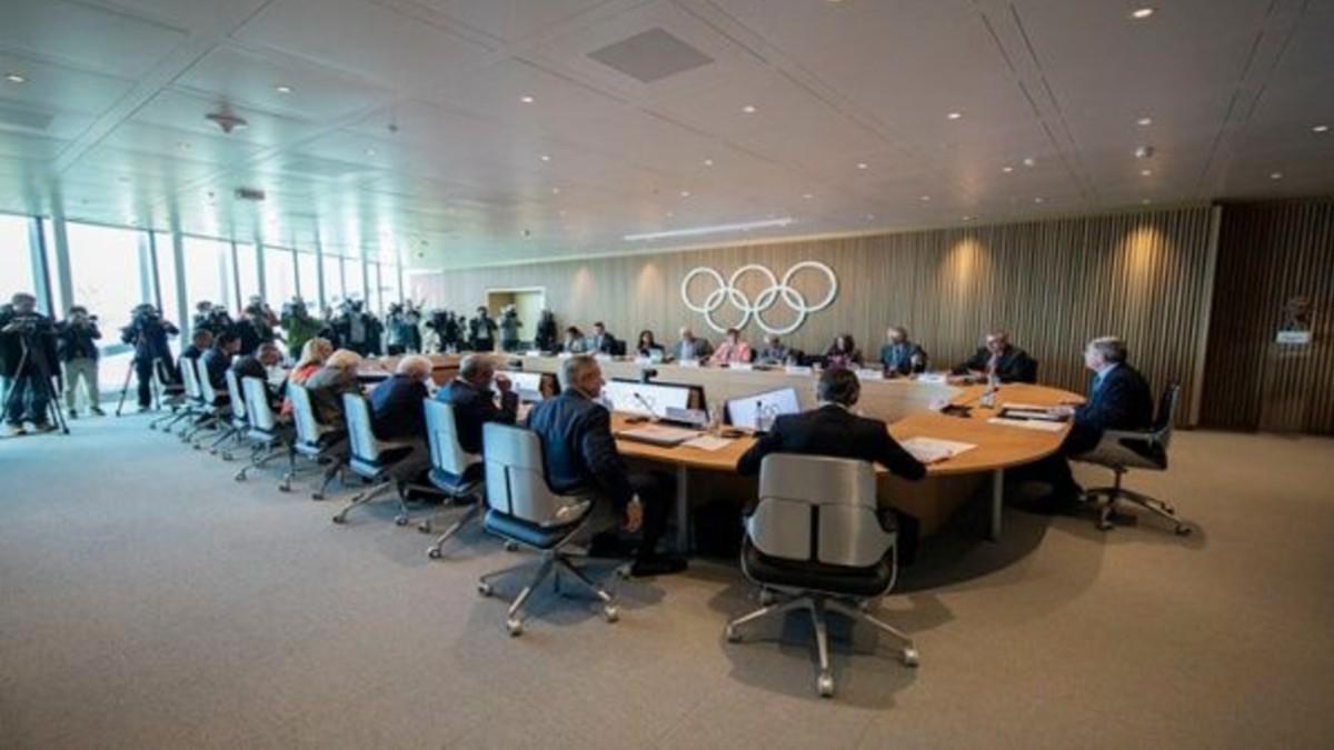 COI insiste en llevar a cabo Tokio 2020 e insta a los atletas a seguir entrenando