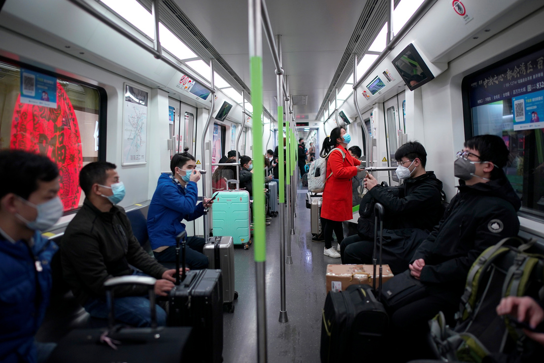 Abren el metro de Wuhan tras dos meses de bloqueo por coronavirus