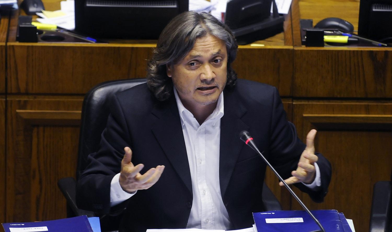 «El Gobierno debe ser drástico y tomar decisiones»: Navarro propone 14 medidas para enfrentar el coronavirus
