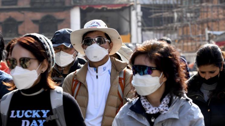 Gobierno acumula críticas tras tardías y precarias acciones contra el Coronavirus