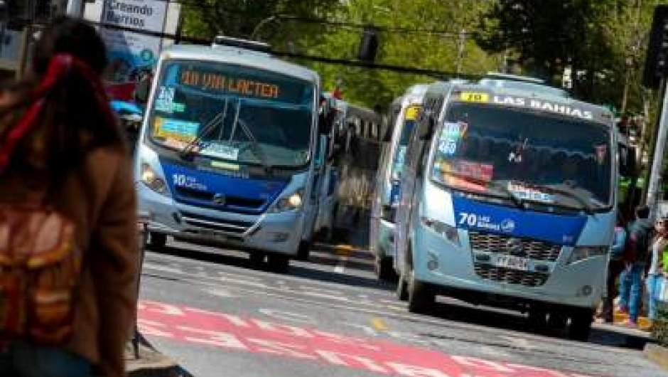 Concepción: Senador Navarro y conductores presentaron recurso para proteger a los trabajadores del transporte público