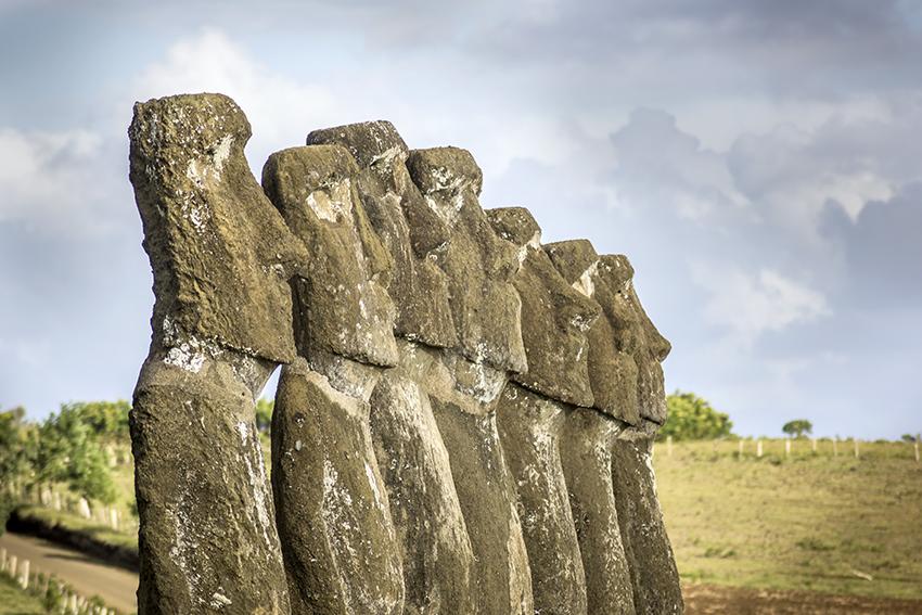 Comunidad de Rapa Nui compra 10 mil test para detectar el COVID-19 ante incapacidad de hospitales