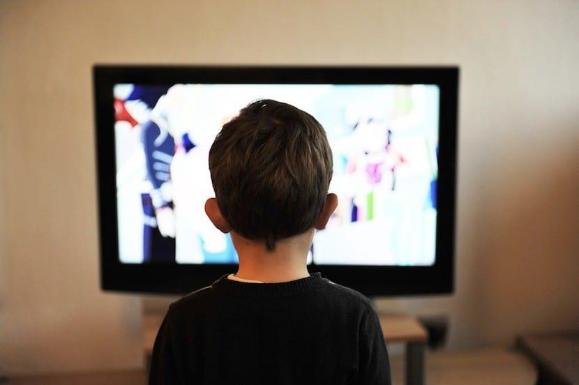 #QueLaTeleEduque: La campaña que promueve contenidos educativos y culturales en la TV abierta durante la pandemia