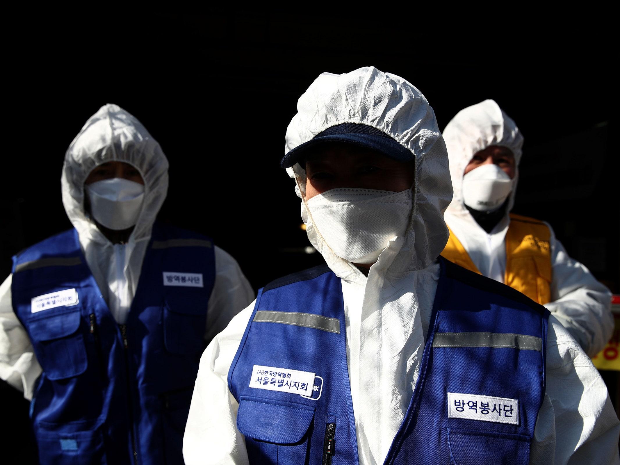 Médicos de Italia y EE. UU. dudan que el COVID-19 brotó en China