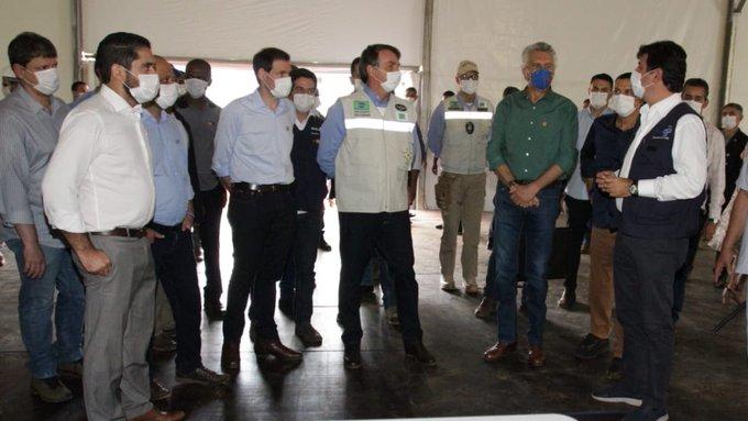 Bolsonaro destituye al ministro de Salud para seguir su cuestionada gestión ante el COVID-19