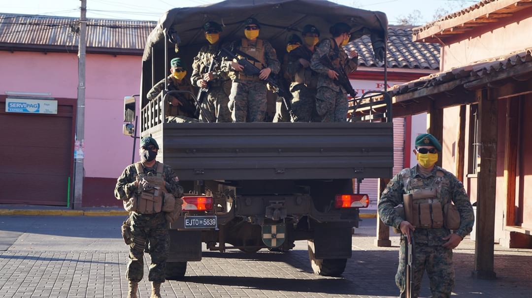 Putaendo: Denuncian 'amedrentamiento' con uniformados durante pacífica protesta contra proyecto minero