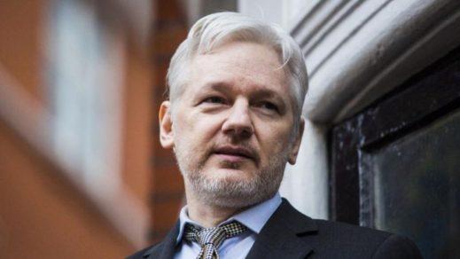 Reanudan juicio contra Julian Assange en Reino Unido