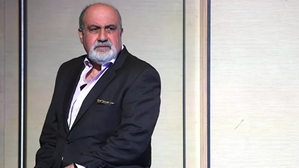 """Economista Nassim Taleb: """"Hay que entender que levantar la cuarentena no significará el fin de la epidemia"""""""