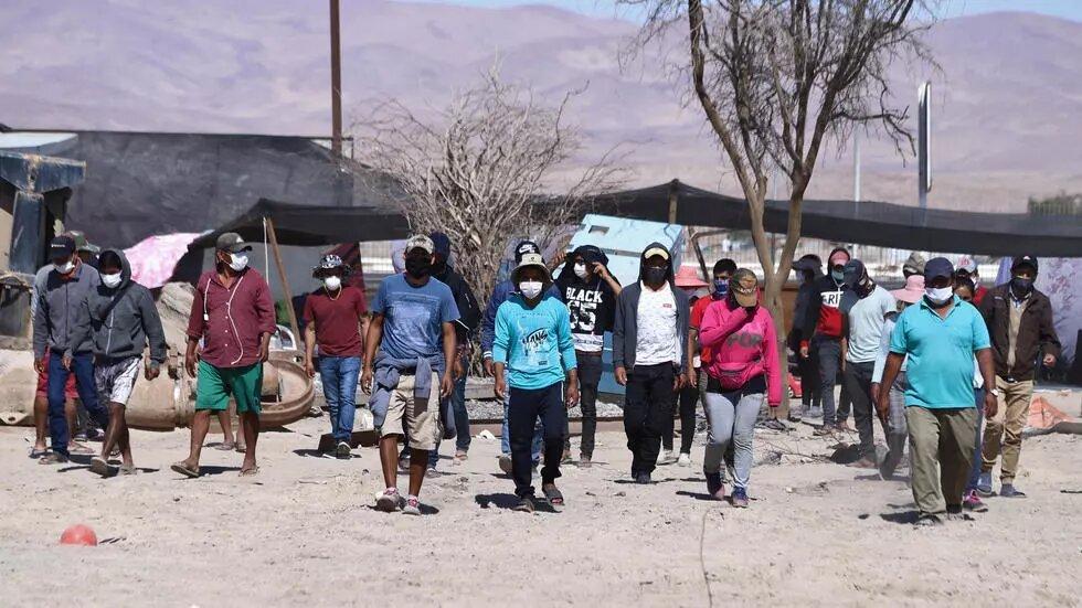 Jeanine Añez impide regreso de 500 bolivianos varados en Chile