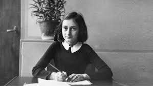 A 75 años de la detención de Anna Frank: el horror de la guerra ...
