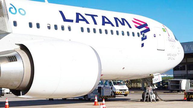 Aysén: Latam mantendrá conexión aérea sólo para transporte de carga