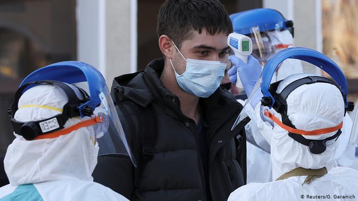 Más de 4.000 médicos en Ucrania se han contagiado de COVID-19