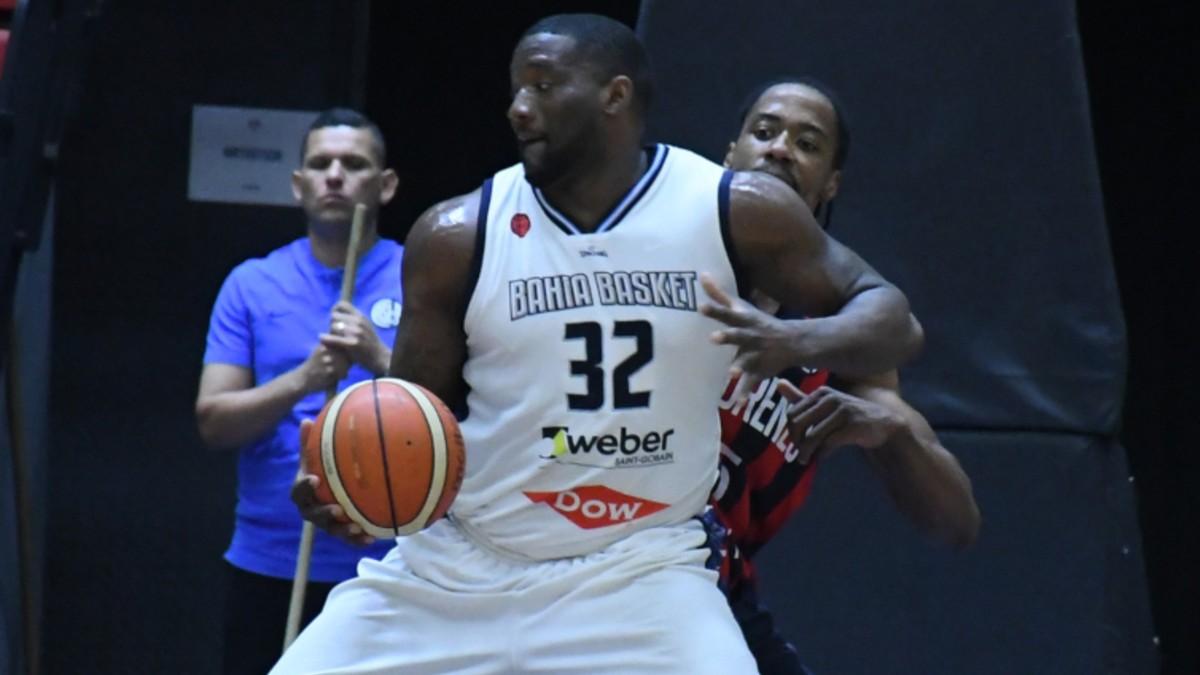 Euroliga finaliza temporada de baloncesto por COVID-19