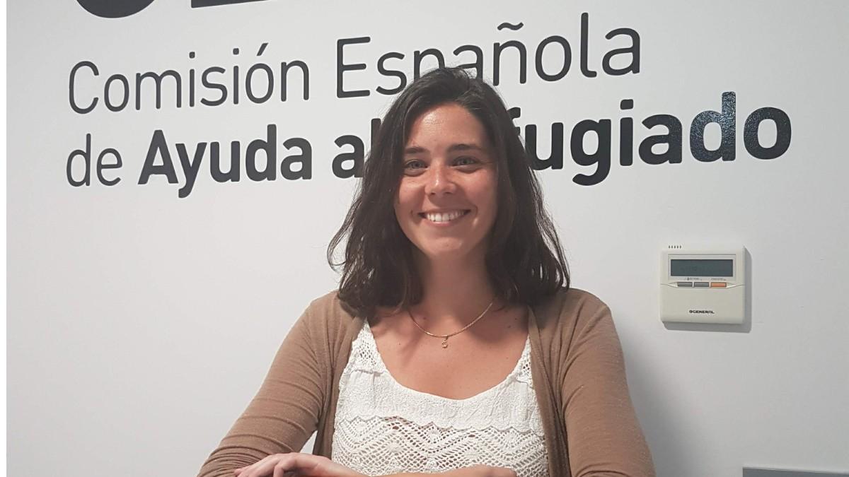 """Abogada Elena Muñoz: """"El eslogan del Gobierno español es que no se está dejando a nadie atrás pero la realidad es que se está dejando a los inmigrantes"""""""