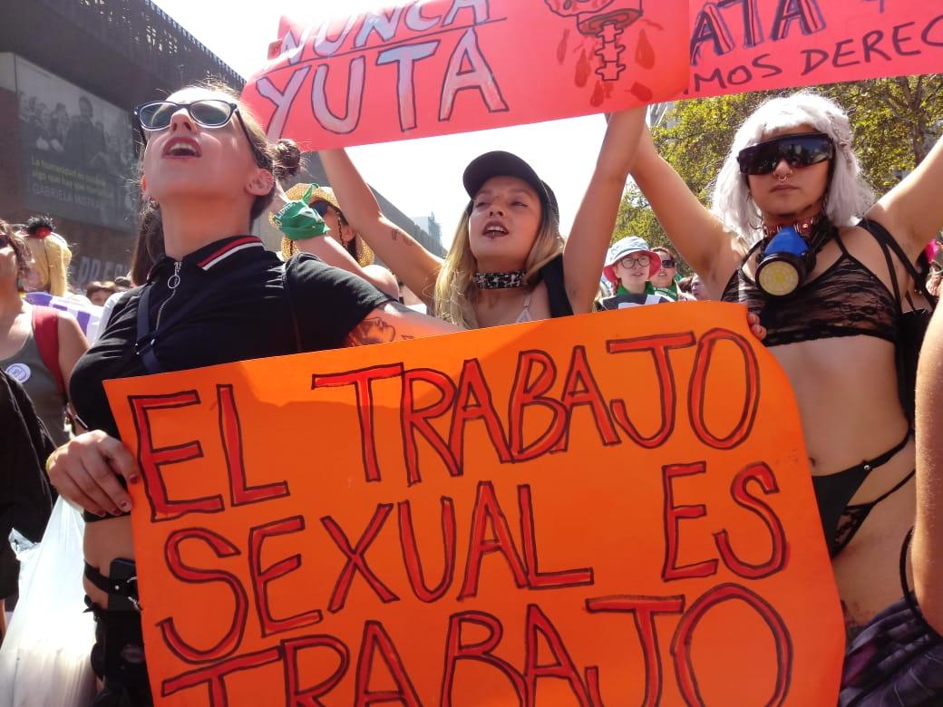 Trabajadoras sexuales desmienten apoyo de Ministerio de la Mujer en pandemia: 'Hemos sido mucho más discriminadas durante gobiernos de derecha'
