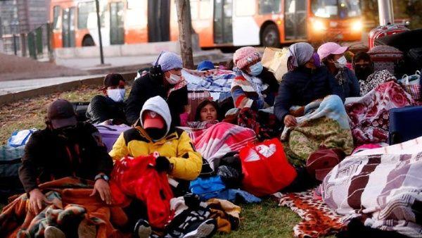 Gobierno de facto impide retorno de bolivianos a su tierra