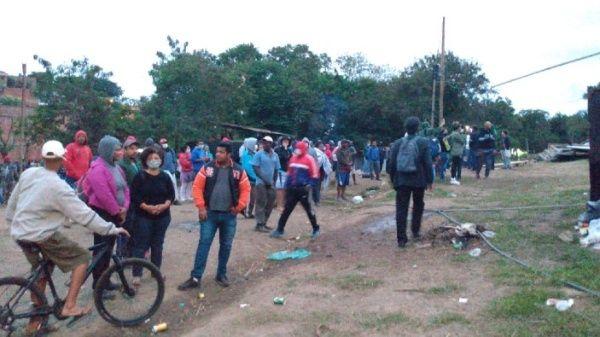 Brasil: con violencia dejan en la calle a 50 familias sin importar crisis por COVID-19