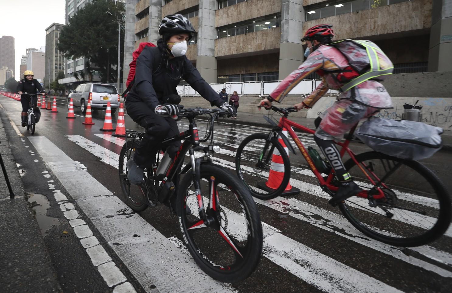 La bicicleta ganó terreno en muchos países como una opción de transporte ante el coronavirus