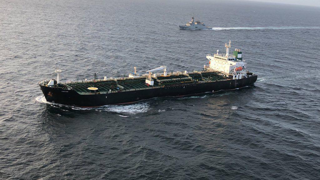 ¿Por qué Venezuela tiene que importar combustible iraní?
