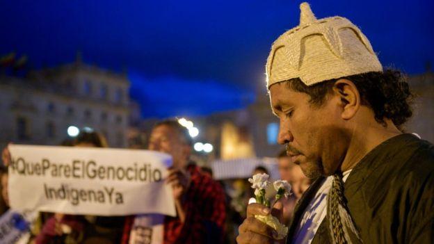 Sigue la arremetida contra los indígenas en Colombia: fueron asesinados dos nativos en el cauca