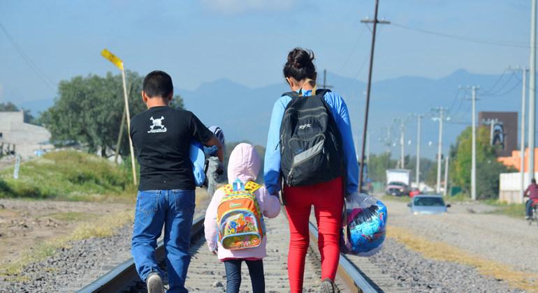 Denuncian que Trump vulnera derechos de menores migrantes y los deporta con excusa del COVID-19