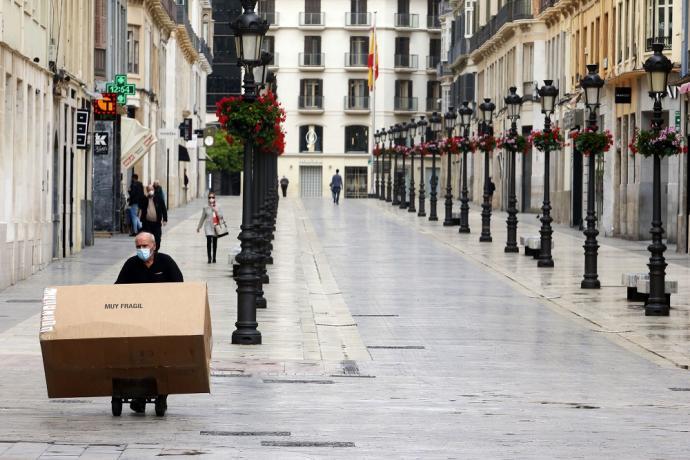 España entra a penúltima etapa de desconfinamiento: 70% de su población