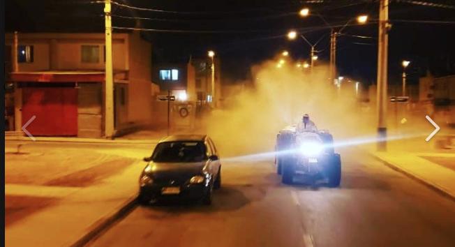 Tractor nebulizador cumple tercera semana de uso en distintos puntos de Chañaral