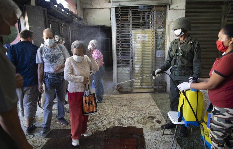 Chillán: confirman caso de COVID-19 en tienda y ordenan recambio de personal
