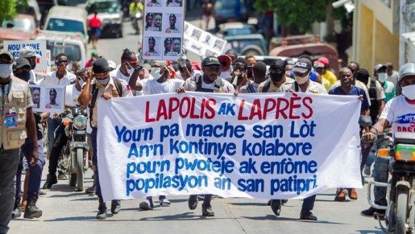 Haití: Policías prevén mantener protestas para exigir mejoras salariales